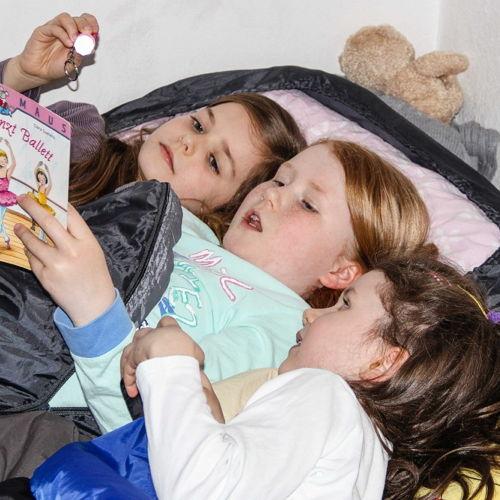 Bild zum Weblog Übernachten in der Schule macht Spaß!!
